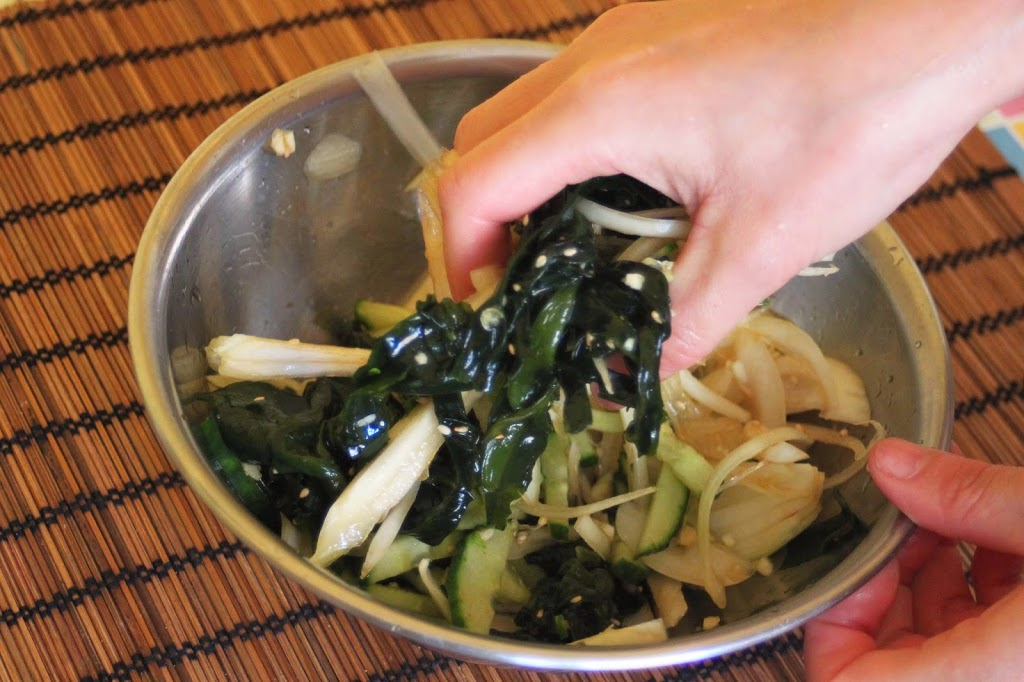 Cuisine cor enne soupe froide de concombres et d algues for Cuisine coreenne